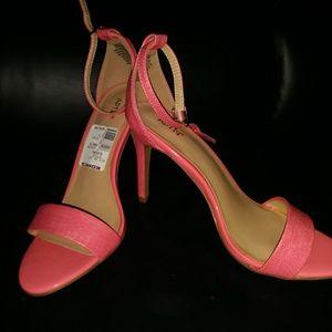 Apt 9 heels size 7